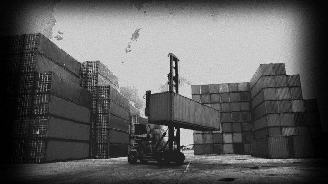 Fechamento de portos e falta de containers atrasam entregas de compras na China